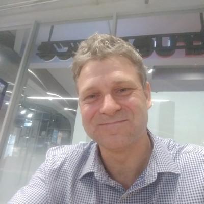 Julian Warden